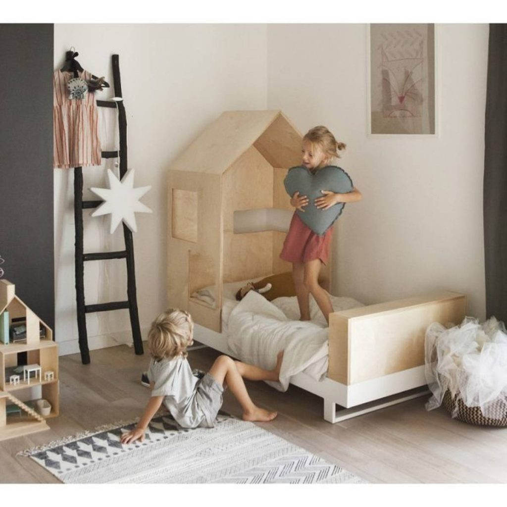 toddlers and toddler bed