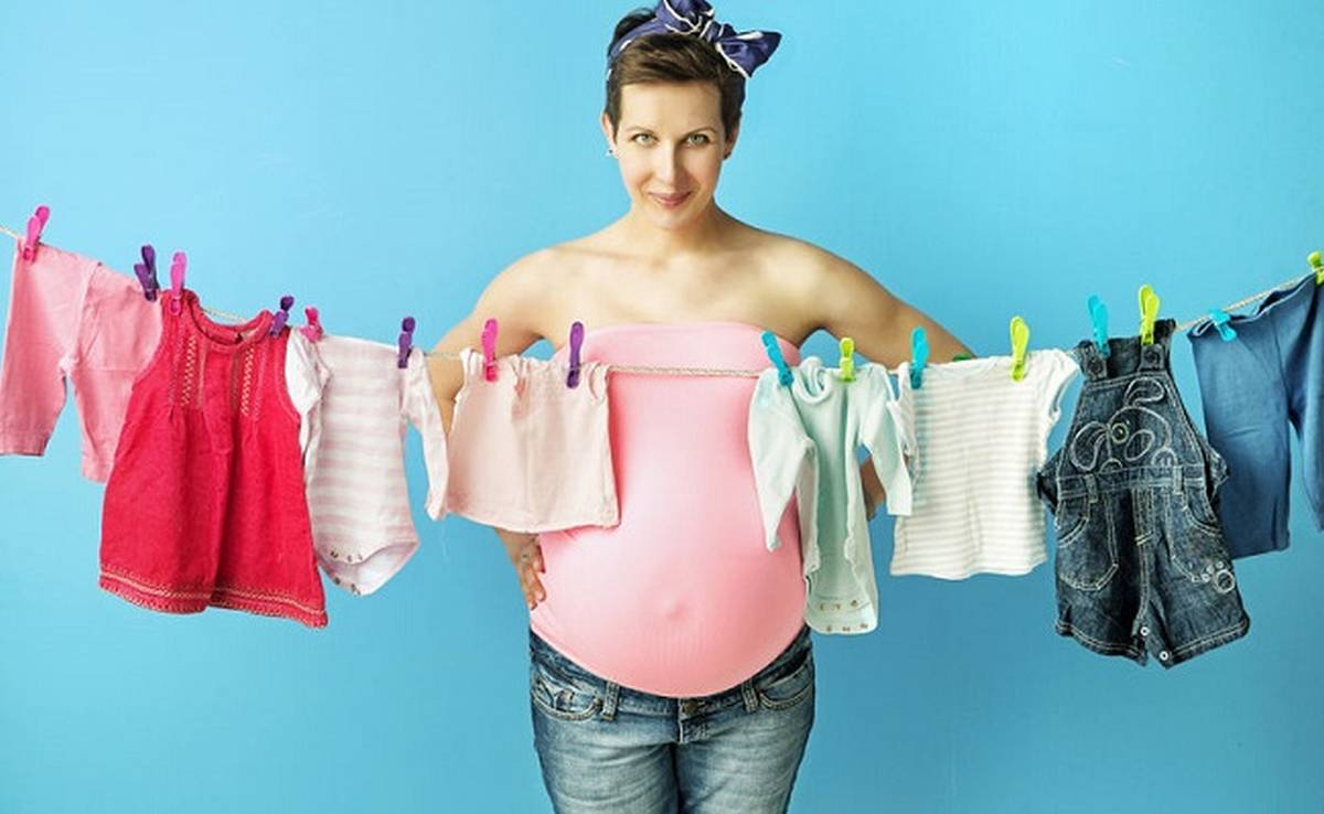 baby clothes on clothing line